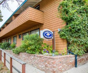 Carmel Oaks Inn Carmel By The Sea Hotels Resorts Bed